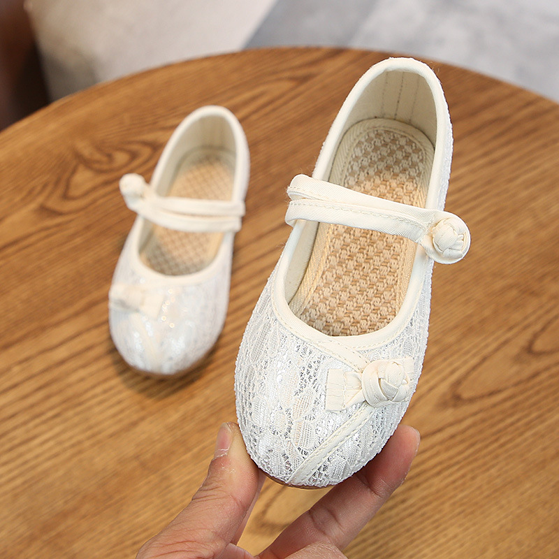[Pre-Order] 045 CNY Kids Girl Embroidery Shoes