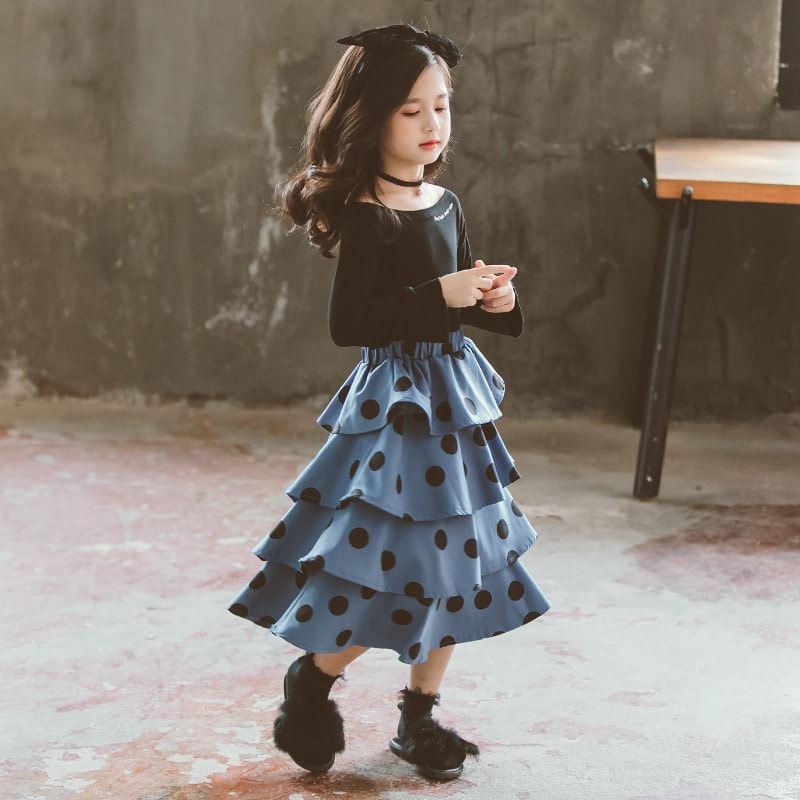 [Pre-order] Kids Girl Black Top + Pokka Dot Blue Layer Skirt 2pc Set